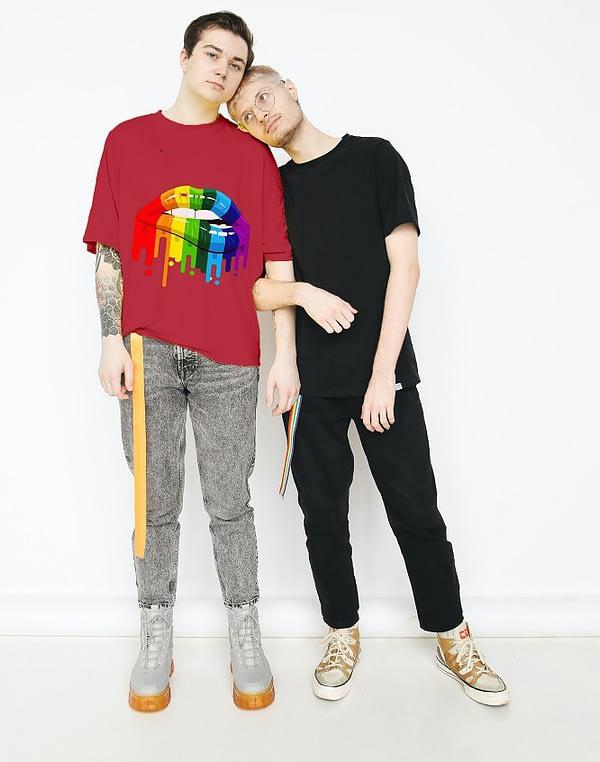 Bisexual-Lips-T-shirt-3